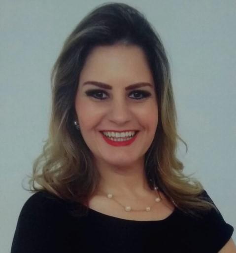 Angela-Hansen-dos-Santos-Guimaraes-Especialista-Mediacao-Conflitos-Camara-Dialogus-Campo-Grande-MS2
